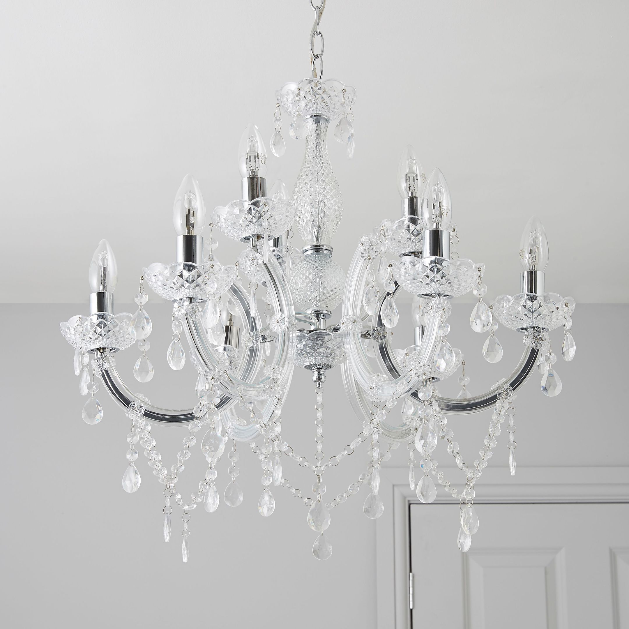 Chandelier Lighting B Q: Add Statement Chandeliers To Your North-east Home To Bring