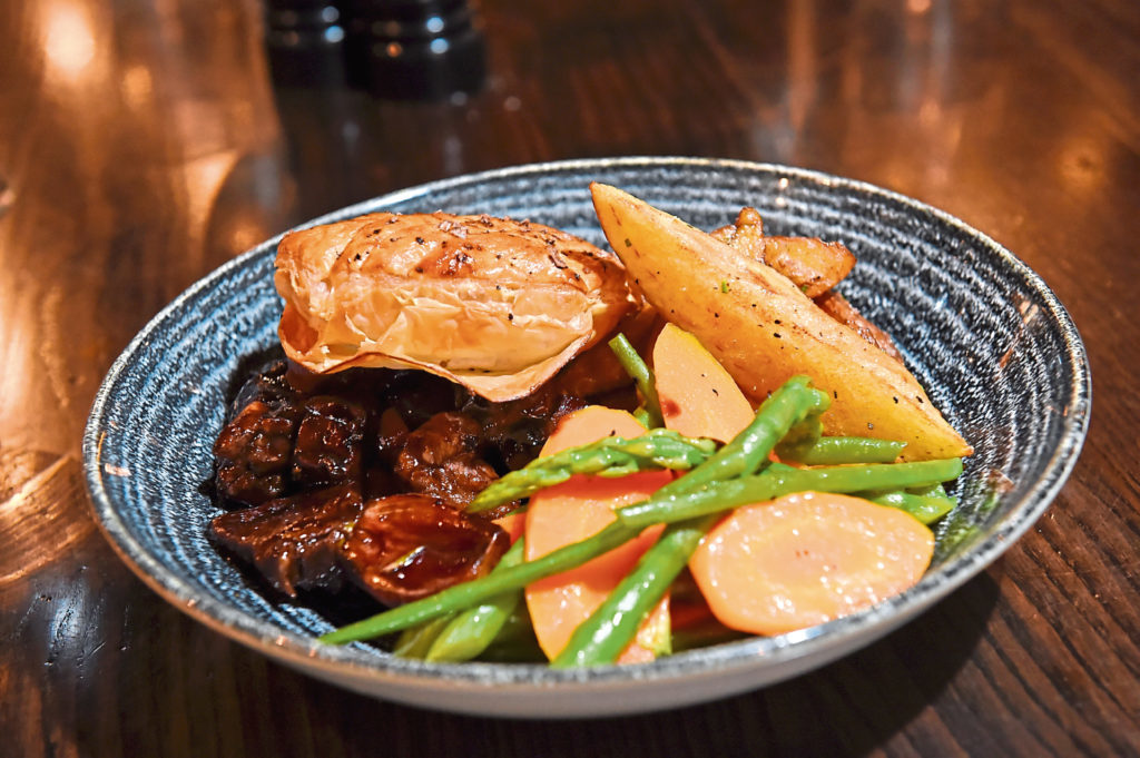 How to make Steak and Ale Pie with Aberdeenshire Highland ...
